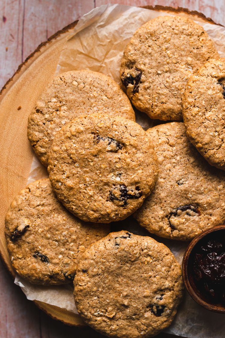 plate of vegan oatmeal raisin cookies