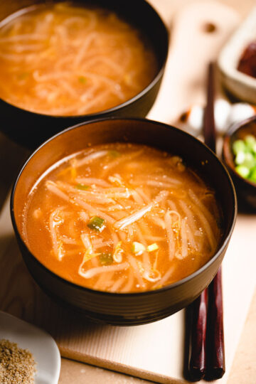 2 bowls of spicy bean sprout miso soup